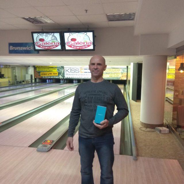 Víťazom mobilného telefónu Honor sa stal Jozef Suvák!!!
